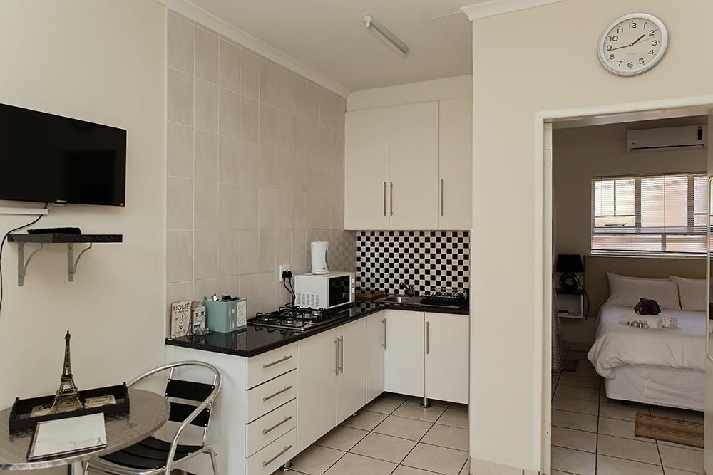 Room Ziandri